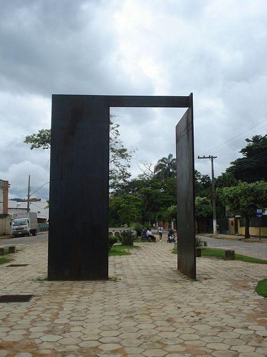 monumentohumbertomauro