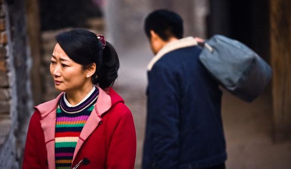 cena do filme As Montanhas se Separam de Jia Zhang-ke